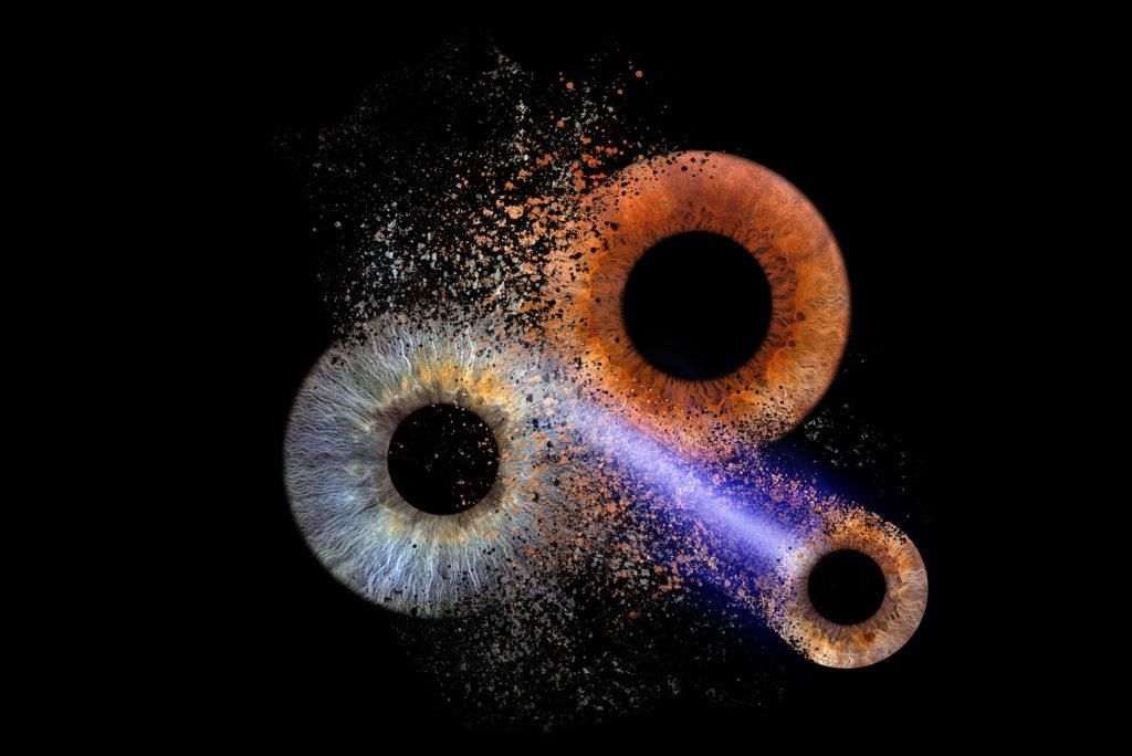 Paarexplosion mit Kometenschweif